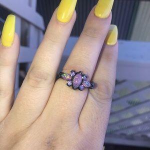 Jewelry - Beautiful opal & amethyst ring